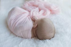 Julia-Newborn-02